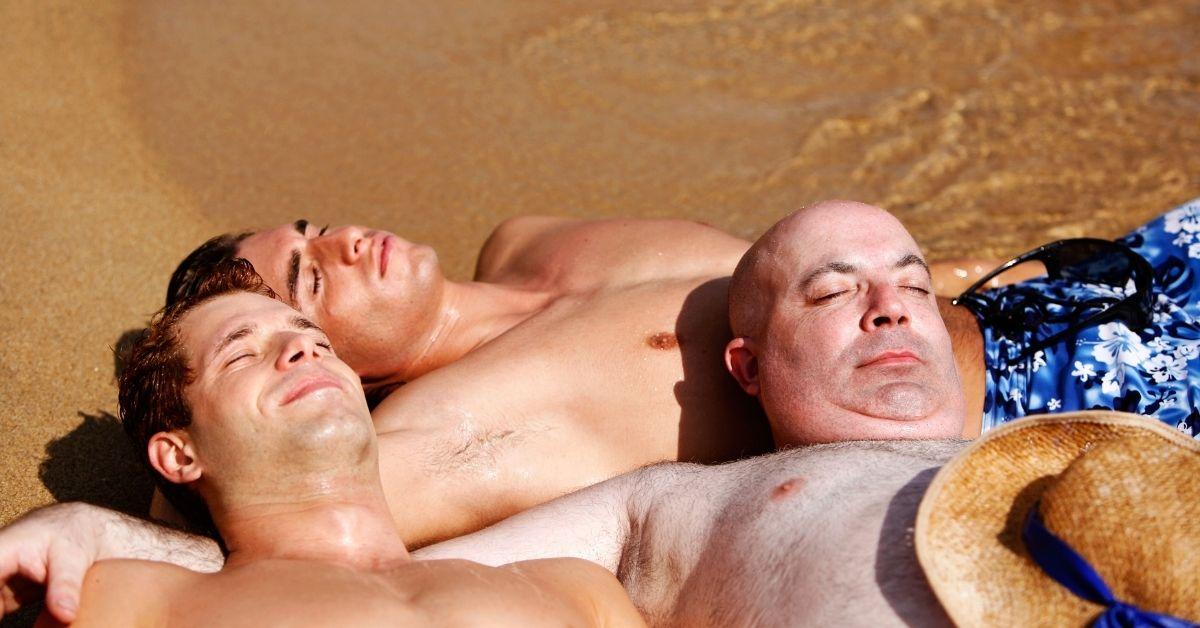 Handjob Leads to Gay Threesome