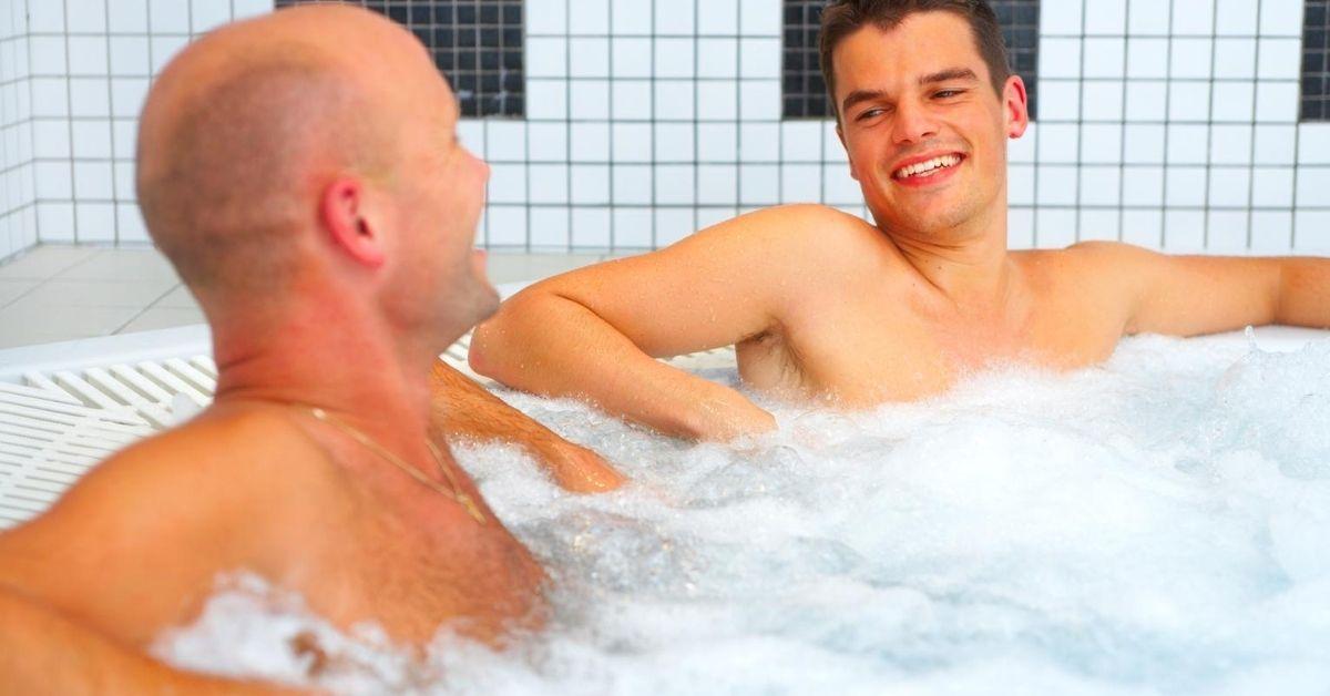 Sucking Gay Cock At German Bathhouse